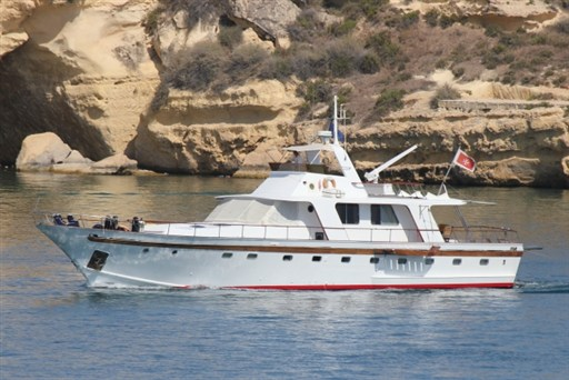 Wooden Hulled Twin Screw Motor Yacht Wooden Hull