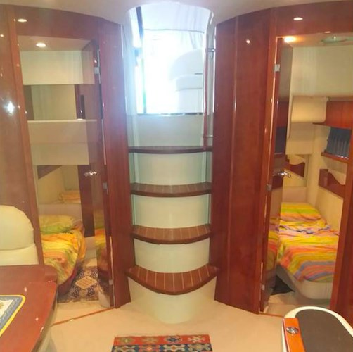 Fairline 52.png