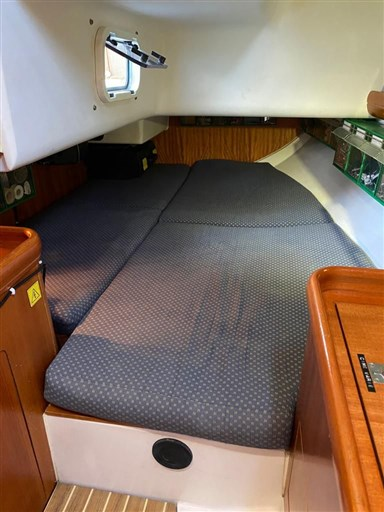 cabina particolare Elan 333
