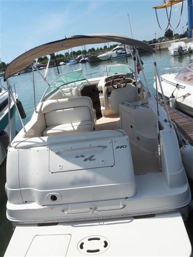Sea Ray Boats 240 Sundancer