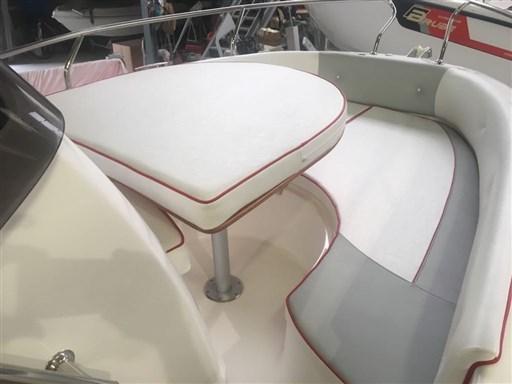 PB-GT18_tavolino