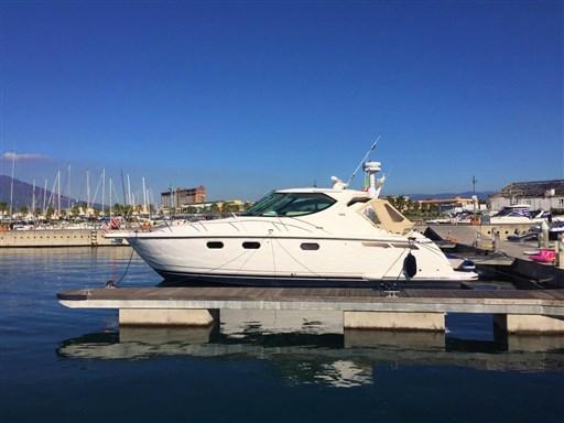 Tiara Yachts 3900 Sovran