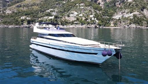 Cantieri di Pisa Akhir 22 S Charter – 1989 - VDS Yachts