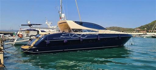 Riva 72 Splendida Charter – 2000 - VDS Yachts