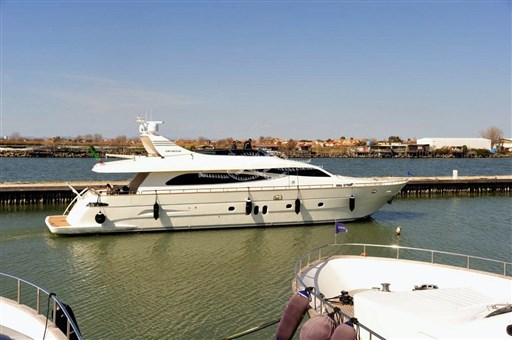 Canados 86 – 2009 - VDS Yachts