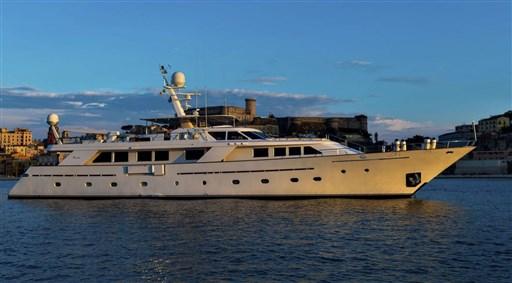 Codecasa 35 Charter – 1987 - VDS Yachts