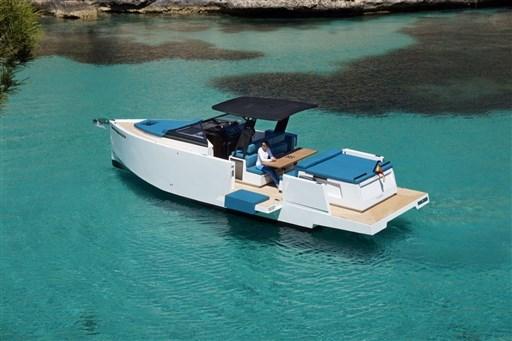De Antonio D33 Cruiser