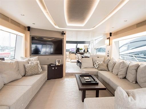 75 Yacht Presentation-2