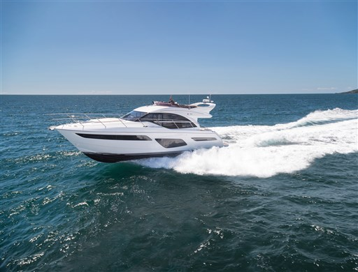 f50-exterior-white-hull-01
