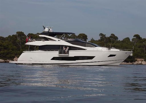 sunseeker-86-yacht-2018-for-sale-lubeck-travemunde-germany-001