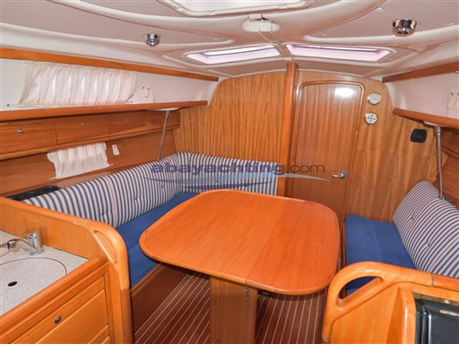Abayachting Bavaria 33 Cruiser 8