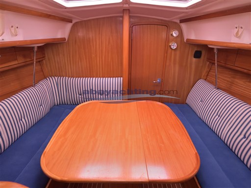 Abayachting Bavaria 33 Cruiser 10