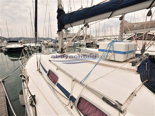 Abayachting Bavaria 33 Cruiser 3