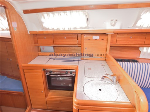 Abayachting Bavaria 33 Cruiser 14