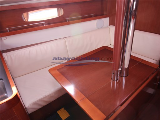 Abayachting Beneteau Oceanis 31  15