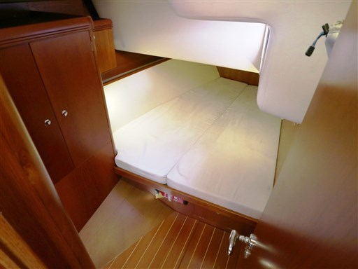 Abayachting Cantiere del Pardo Grand Soleil 56 52