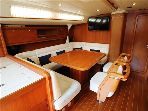 Abayachting Cantiere del Pardo Grand Soleil 56 37