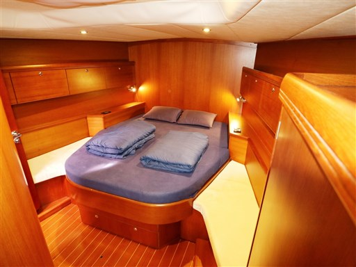 Abayachting Cantiere del Pardo Grand Soleil 56 48