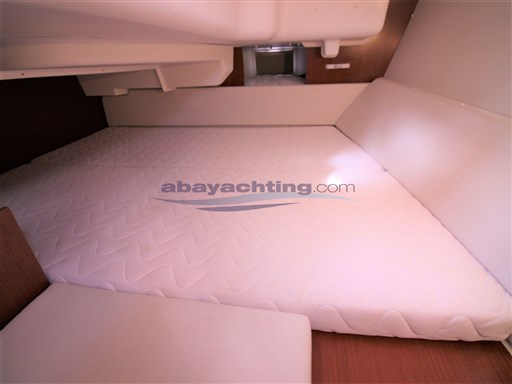 Abayachting Beneteau Oceanis 37 Limited 30