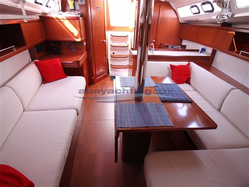 Abayachting Beneteau Oceanis 37 Limited 26