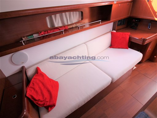 Abayachting Beneteau Oceanis 37 Limited 25