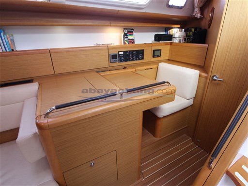 Abayachting Jeanneau Sun Odyssey 49i usato-second hand 25