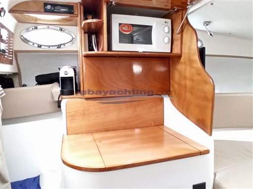 Abayachting Coverline 830 18