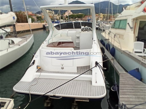 Abayachting Coverline 830 3