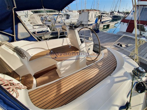 Abayachting Bavaria 33 Cruiser14