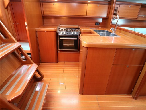 Abayachting Cantiere del Pardo Grand Soleil 50 33