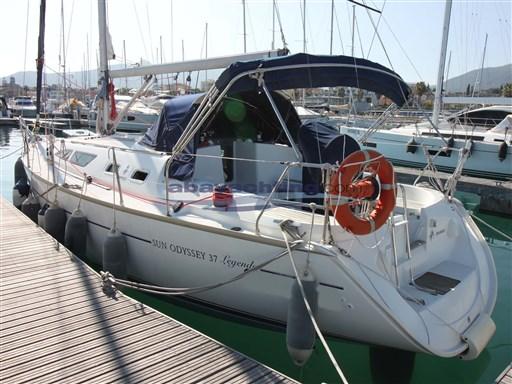 Abayachting Jeanneau Sun Odyssey 37 Legende 3