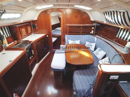 Abayachting Beneteau Oceanis 381 15