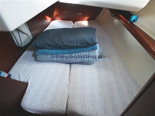Abayachting Beneteau Oceanis 381 31