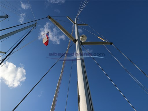 Abayachting Beneteau Oceanis 381 12