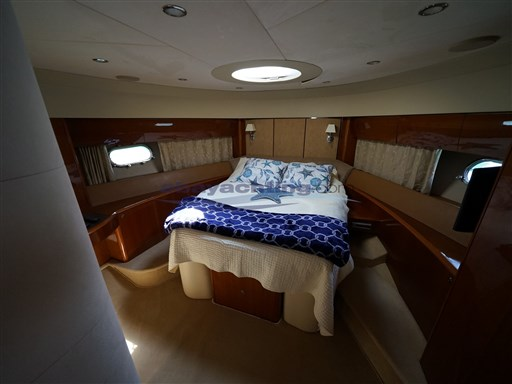 Abayachting Princess Yachts 67 Fly 37