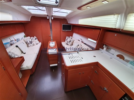 Abayachting Dufour 382 GL 5