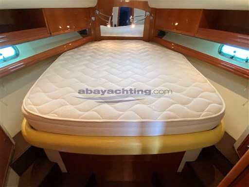 Abayachting Airon Marine 4300 T-Top 24