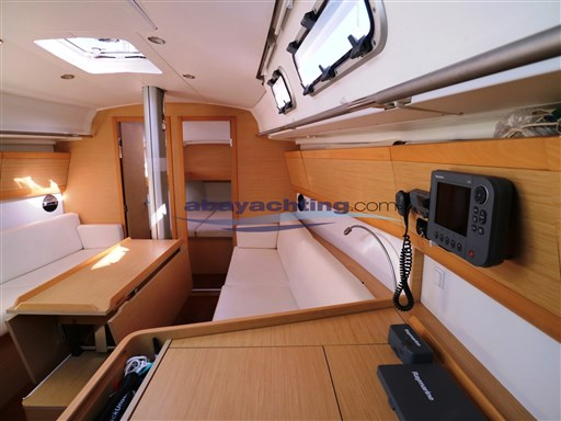 Abayachting First 35 Beneteau 17