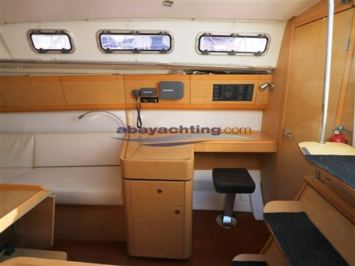 Abayachting First 35 Beneteau 18
