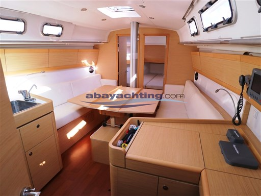 Abayachting First 35 Beneteau 15