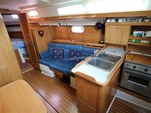 Abayachting Catalina 350 14