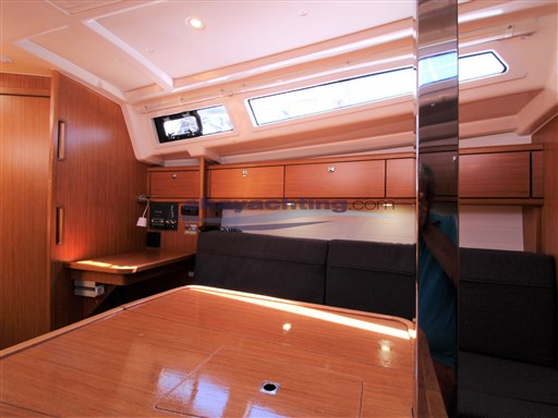 Abayachtin Bavaria 33 Cruiser usato-second hand 14