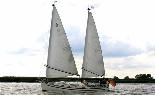 Fairways Marine Freedom 35