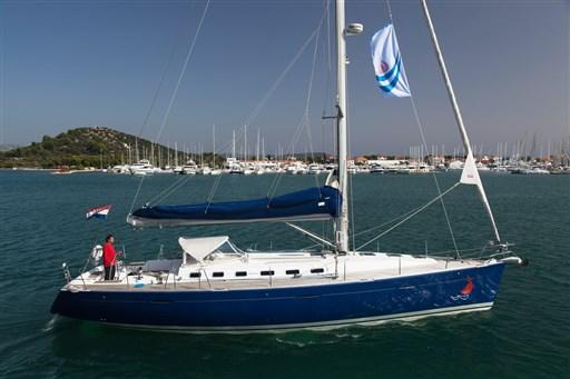 Marina Hramina Charter-23
