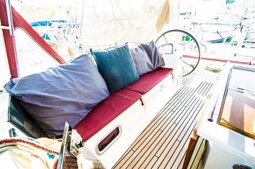 Oceanis 45 - 2012 - h2o Yachting 240