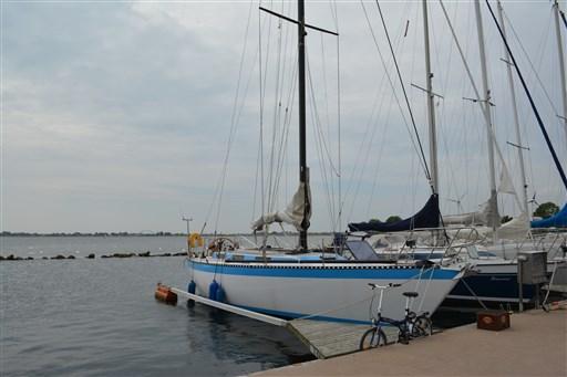 Dufour Yachts Dufour A 9000