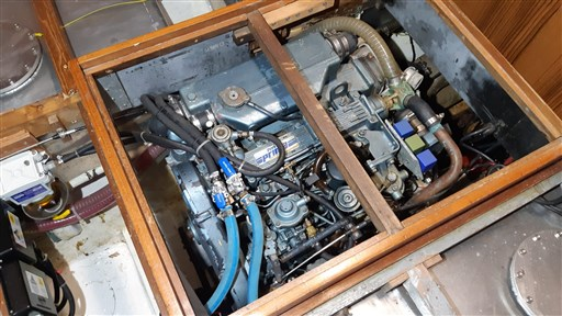 engine PERKINS MT 80.