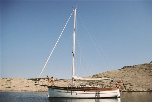 Enavigo Yachts, Hr Enavigo Cutter