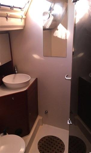 Dehler 41 Gebrauchtschiff - Badezimmer Foto1