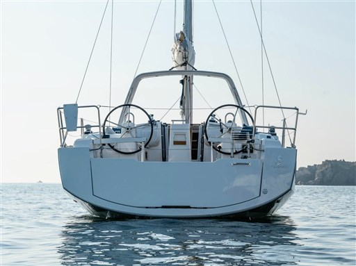 Istion_Yachting_Oceanis38_c